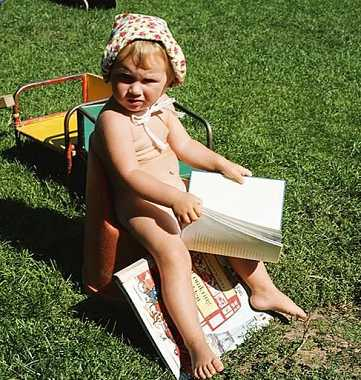宝宝撕书有助培养对书本的兴趣